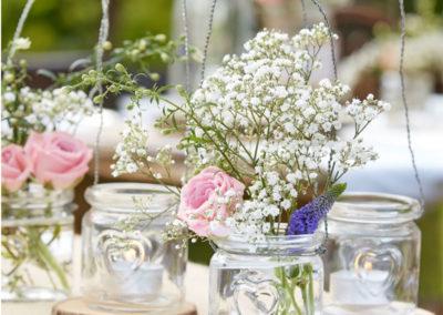 Romantisk borddækning til bryllup